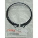 Кольцо пластиковое крышки бардачка Yamaha Grizzly